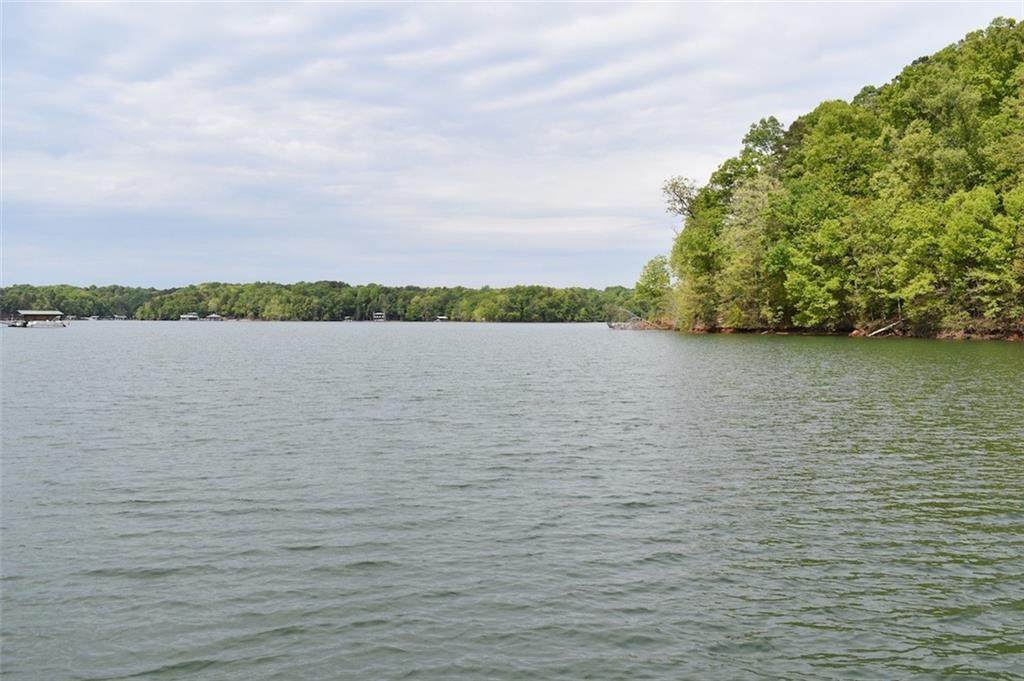 229 Inlet Pointe Drive - Photo 1