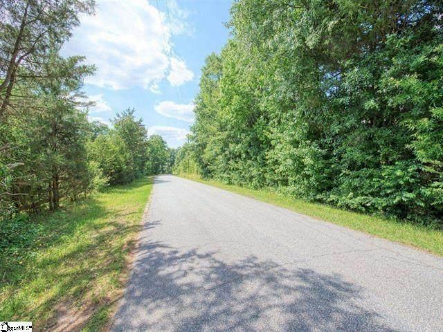 335 Cox Drive, Pelzer, SC 29669 (MLS #20240345) :: Tri-County Properties at KW Lake Region