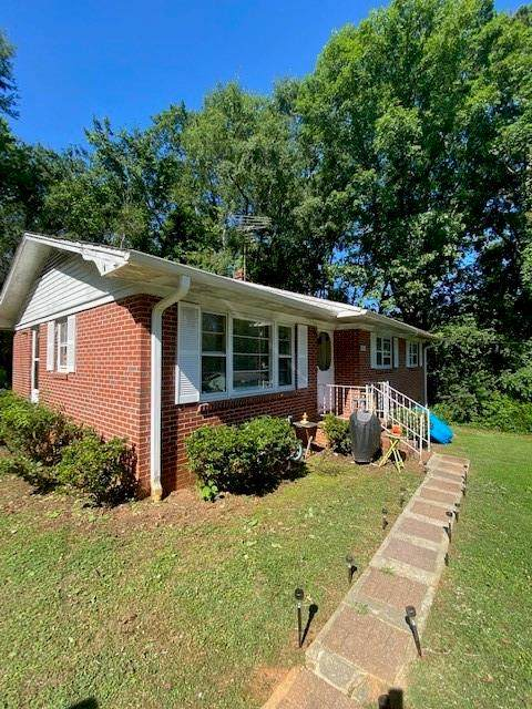 503 Thomas Heights Circle, Seneca, SC 29678 (MLS #20241380) :: Les Walden Real Estate