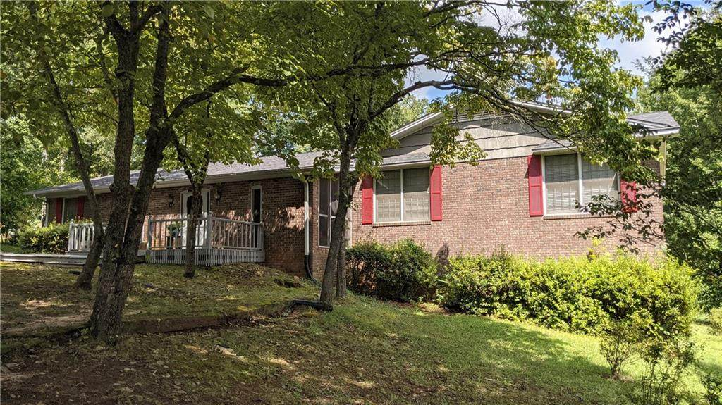 131 Pine Forest Drive - Photo 1