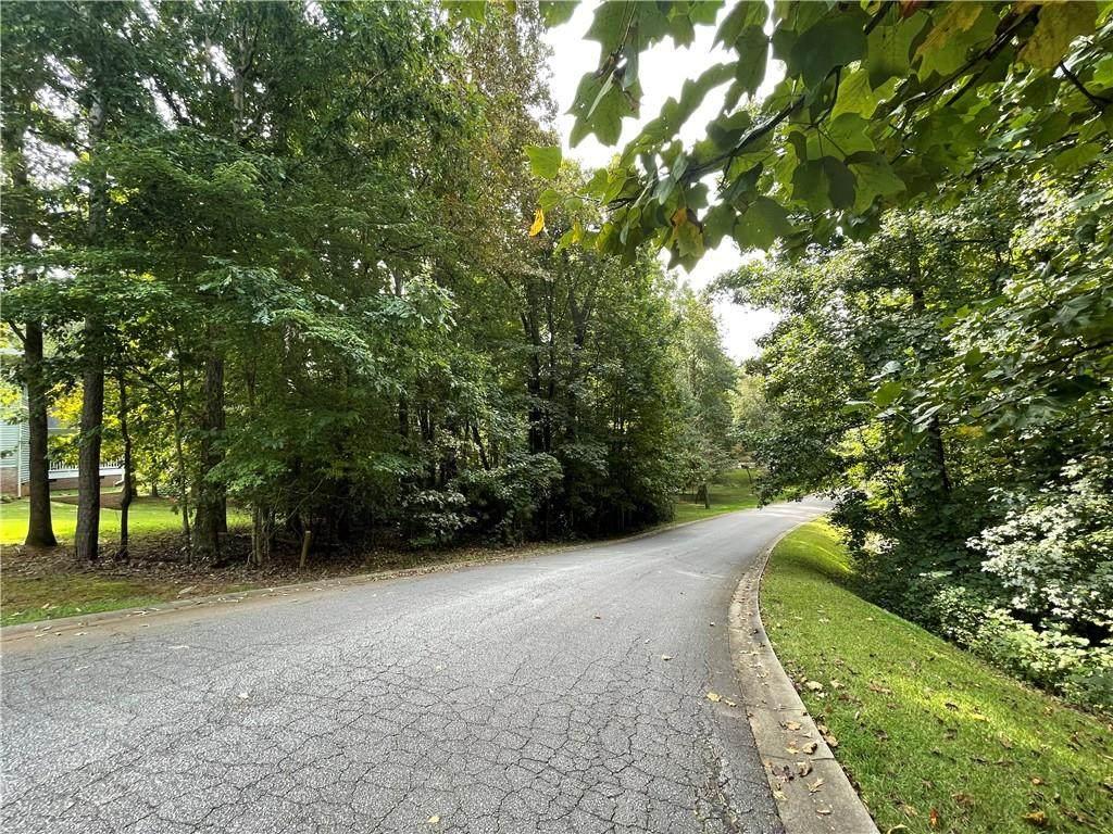 405 Brookstone Way - Photo 1