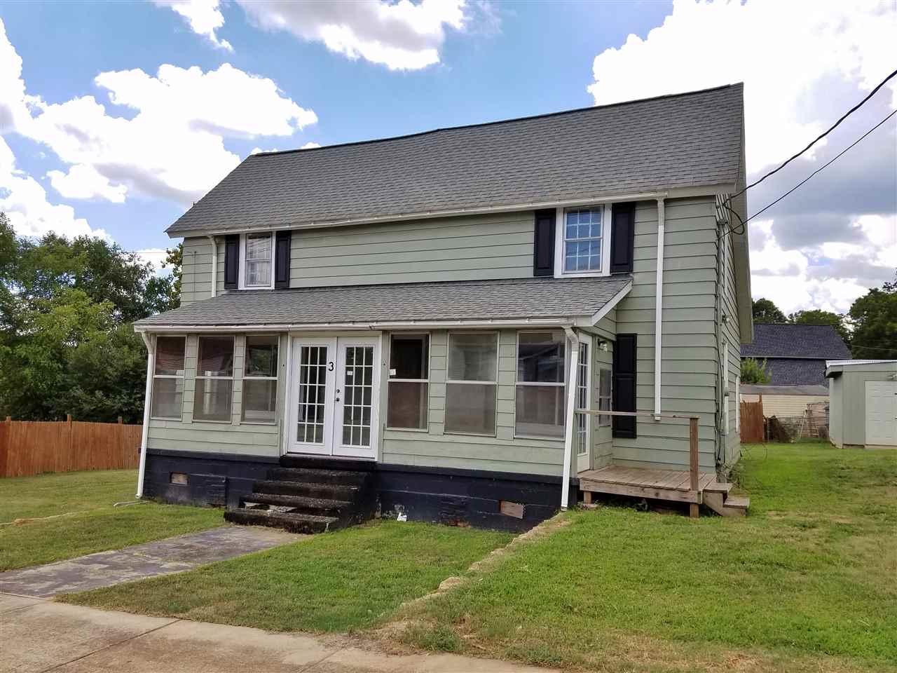 3 Smythe St, Pelzer, SC 29669 (MLS #20179018) :: Les Walden Real Estate