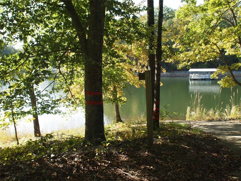 121 Falling Leaf Drive - Photo 1