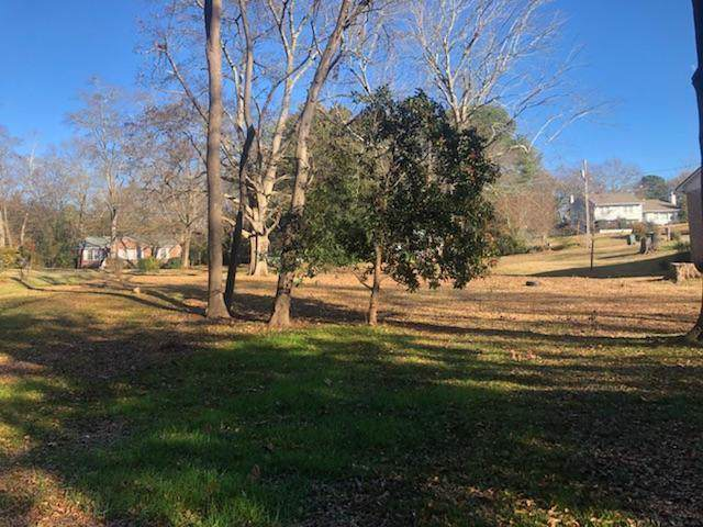 606 S Pine Street, Seneca, SC 29678 (MLS #20223555) :: Tri-County Properties at KW Lake Region