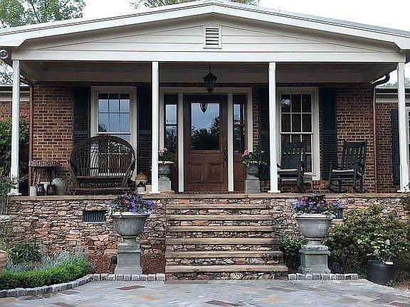 400 Clemson Street, Clemson, SC 29631 (MLS #20233180) :: Les Walden Real Estate