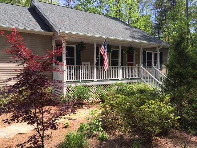 104 Mountain Top Drive, Tamassee, SC 29686 (MLS #20201372) :: The Powell Group of Keller Williams