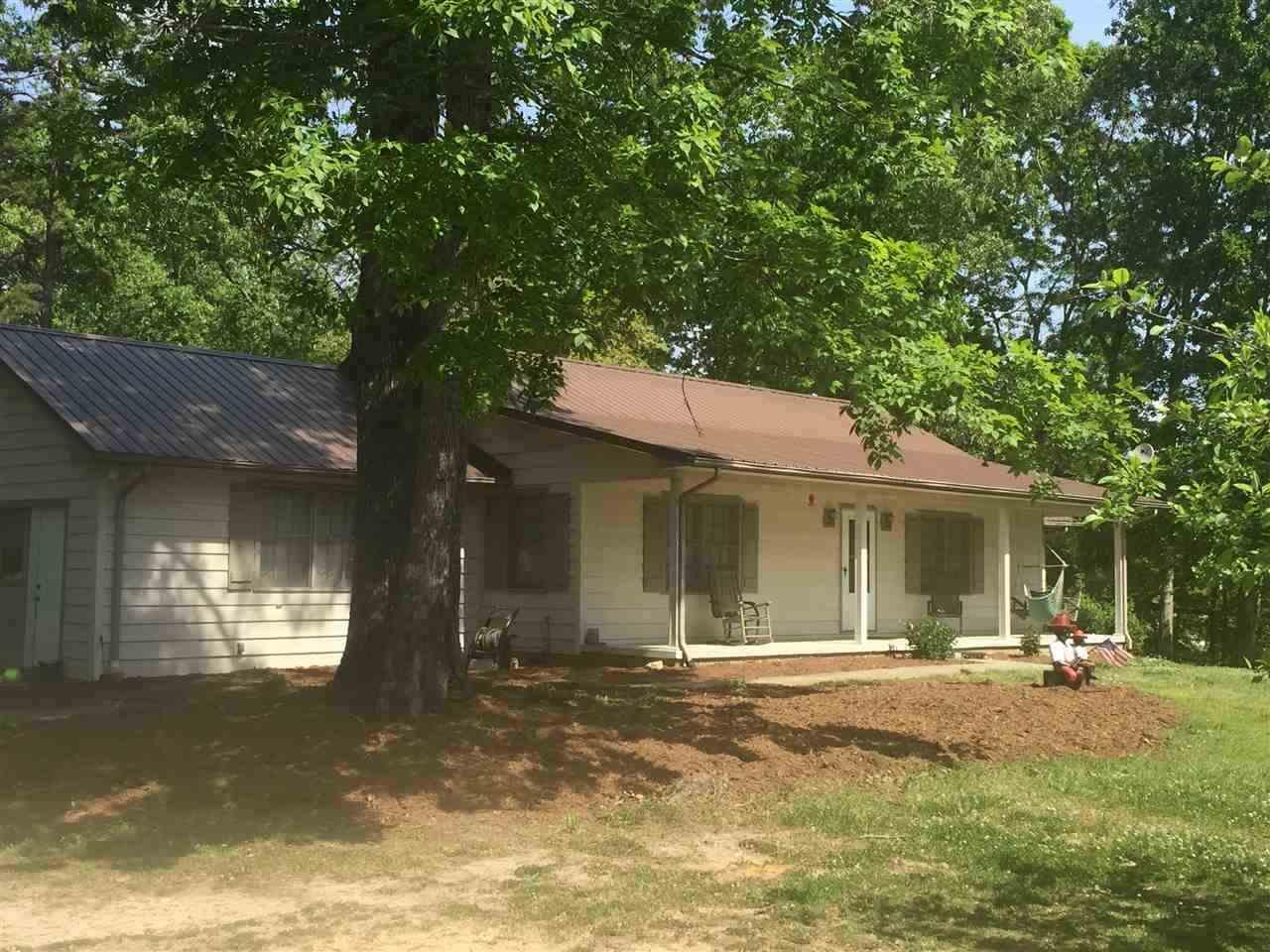 110 Country Acres, Walhalla, SC 29691 (MLS #20176010) :: Les Walden Real Estate