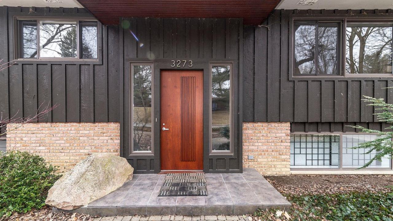 3273 Lakewood Drive - Photo 1