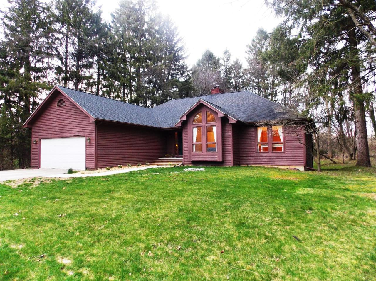 3616 E Pineview Drive, Dexter, MI 48130 (MLS #3247667) :: The Toth Team