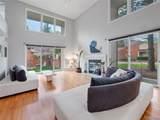 1060 Stratford Pl - Photo 4