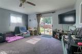 23611 Blackett Avenue - Photo 9