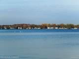 1640 W Lake Dr - Photo 47