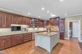2344 Barberry Dr - Photo 16