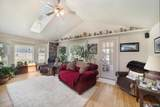 9068 Perry Rd - Photo 13