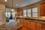 9407 Sand Hill Dr - Photo 8