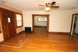 21935 Linwood Ave - Photo 13
