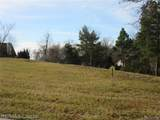 19 Hill Hollow - Photo 2