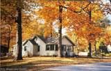 3676 Woodview Avenue - Photo 18