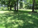 329 Oak Leaf Dr - Photo 31