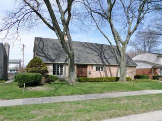 562 Woods Lane, Grosse Pointe Woods, MI 48236 (MLS #3247572) :: Berkshire Hathaway HomeServices Snyder & Company, Realtors®