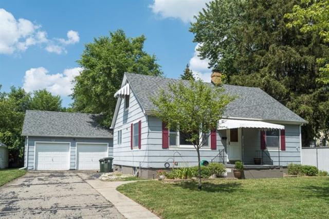 212 Lincoln Street, Chelsea, MI 48118 (MLS #3250833) :: The Toth Team