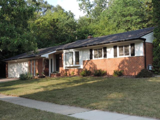 2310 Hilldale Drive, Ann Arbor, MI 48105 (MLS #3251315) :: The Toth Team