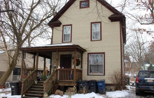 1711 Dexter Avenue, Ann Arbor, MI 48103 (MLS #3254432) :: The Toth Team