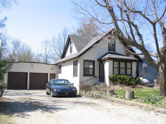1755 N Maple Road, Ann Arbor, MI 48103 (MLS #3255550) :: The Toth Team