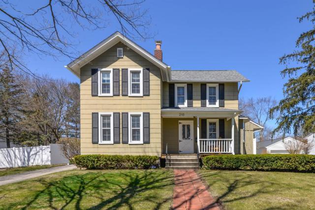 210 W Russell Street, Saline, MI 48176 (MLS #3256073) :: Berkshire Hathaway HomeServices Snyder & Company, Realtors®