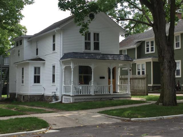 525 Sixth Street, Ann Arbor, MI 48103 (MLS #3259130) :: The Toth Team