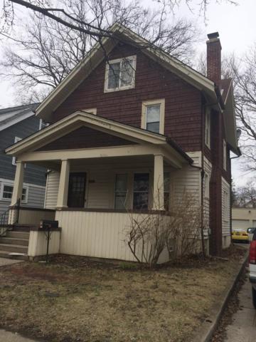 821 Dewey Avenue, Ann Arbor, MI 48104 (MLS #3260369) :: The Toth Team