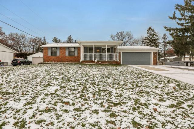 1212 Woodlawn Court, Wolverine Lake, MI 48390 (MLS #3261781) :: Berkshire Hathaway HomeServices Snyder & Company, Realtors®