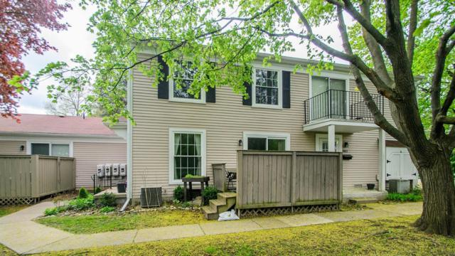 2746 Glenbridge Court, Ann Arbor, MI 48104 (MLS #3265348) :: The Toth Team