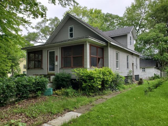 118 Pierce Street, Chelsea, MI 48118 (MLS #3266377) :: Berkshire Hathaway HomeServices Snyder & Company, Realtors®