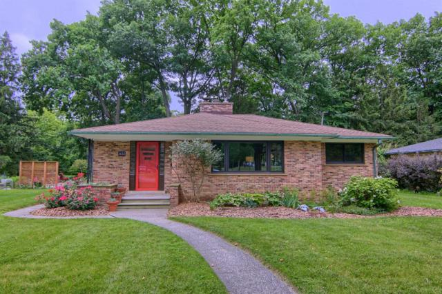 1655 Stadium Court, Ann Arbor, MI 48103 (MLS #3266798) :: The Toth Team