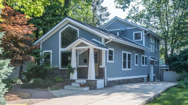 905 Hutchins Avenue, Ann Arbor, MI 48103 (MLS #3266950) :: The Toth Team