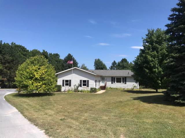 1611 S Fletcher Road, Chelsea, MI 48118 (MLS #3267634) :: The Toth Team