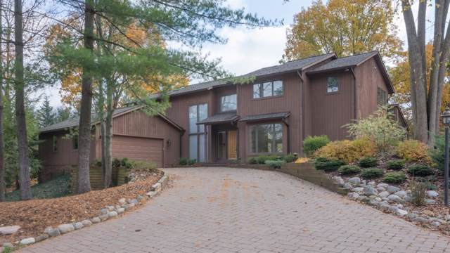 750 Barclay Court, Ann Arbor, MI 48105 (MLS #3269787) :: The Toth Team