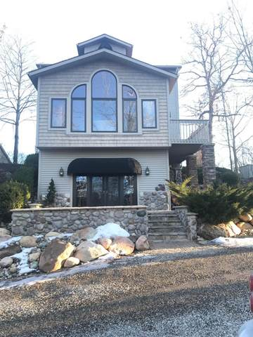 16 The Boulevard, Onsted, MI 49265 (MLS #3271833) :: The Toth Team