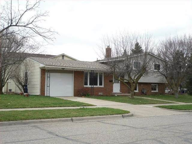 1535 Patricia Avenue, Ann Arbor, MI 48103 (MLS #3272172) :: The Toth Team