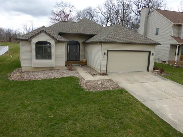815 Berkshire Drive, Saline, MI 48176 (MLS #3272214) :: Berkshire Hathaway HomeServices Snyder & Company, Realtors®