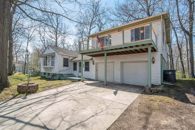2093 Webster Park Drive, Howell, MI 48843 (MLS #3272705) :: The Toth Team