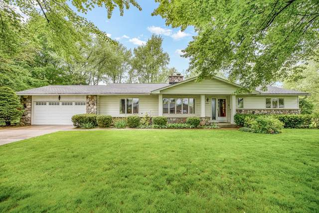 6505 Lombardy Drive, Chelsea, MI 48118 (MLS #3273470) :: The Toth Team