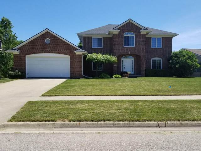 2464 Barnsbury, East Lansing, MI 48823 (MLS #3274015) :: The Toth Team