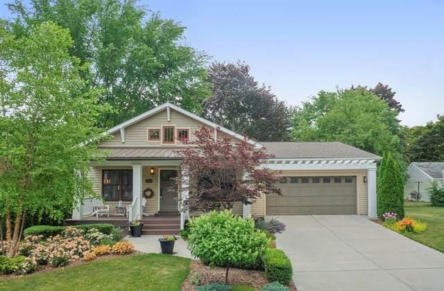 2599 Bellwood Avenue, Ann Arbor, MI 48104 (MLS #3274374) :: Berkshire Hathaway HomeServices Snyder & Company, Realtors®