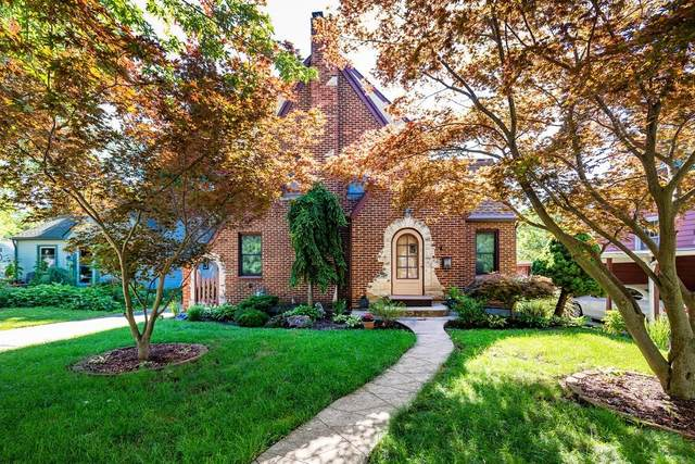 905 Edgewood Place, Ann Arbor, MI 48103 (MLS #3274811) :: Berkshire Hathaway HomeServices Snyder & Company, Realtors®