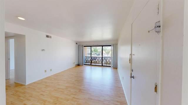 2106 Pauline Boulevard #304, Ann Arbor, MI 48103 (MLS #3275580) :: Berkshire Hathaway HomeServices Snyder & Company, Realtors®