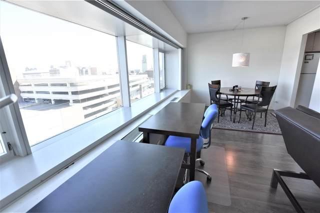555 E William Street 8D, Ann Arbor, MI 48104 (MLS #3279739) :: Berkshire Hathaway HomeServices Snyder & Company, Realtors®