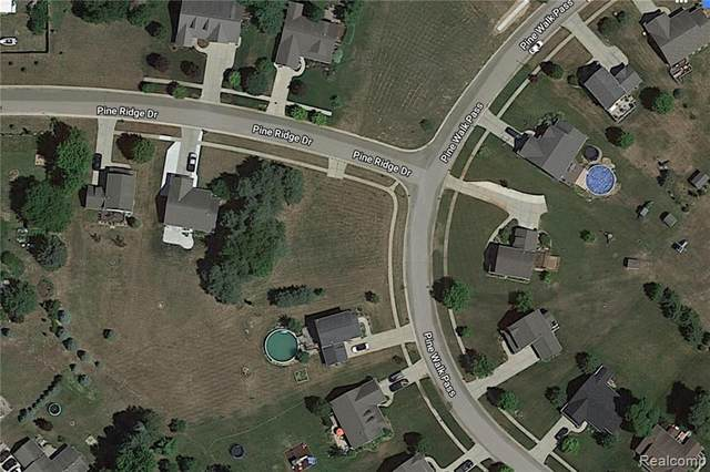 9249 Pine Walk Pass, Linden, MI 48451 (MLS #R218114639) :: Berkshire Hathaway HomeServices Snyder & Company, Realtors®