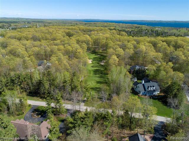 0 Country Club Drive, Charlevoix, MI 49720 (MLS #R219053375) :: Berkshire Hathaway HomeServices Snyder & Company, Realtors®